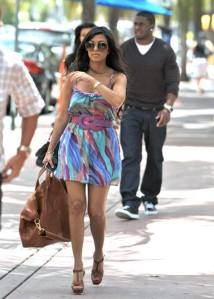 Kourtney+Kardashian+Oversized+Bags+Oversized+JYh0-7qWNDjl
