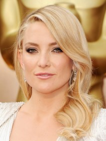 KATE HUDSON -- Perfect Hair, Perfect makeup, Perfect dress, Perfect everything!